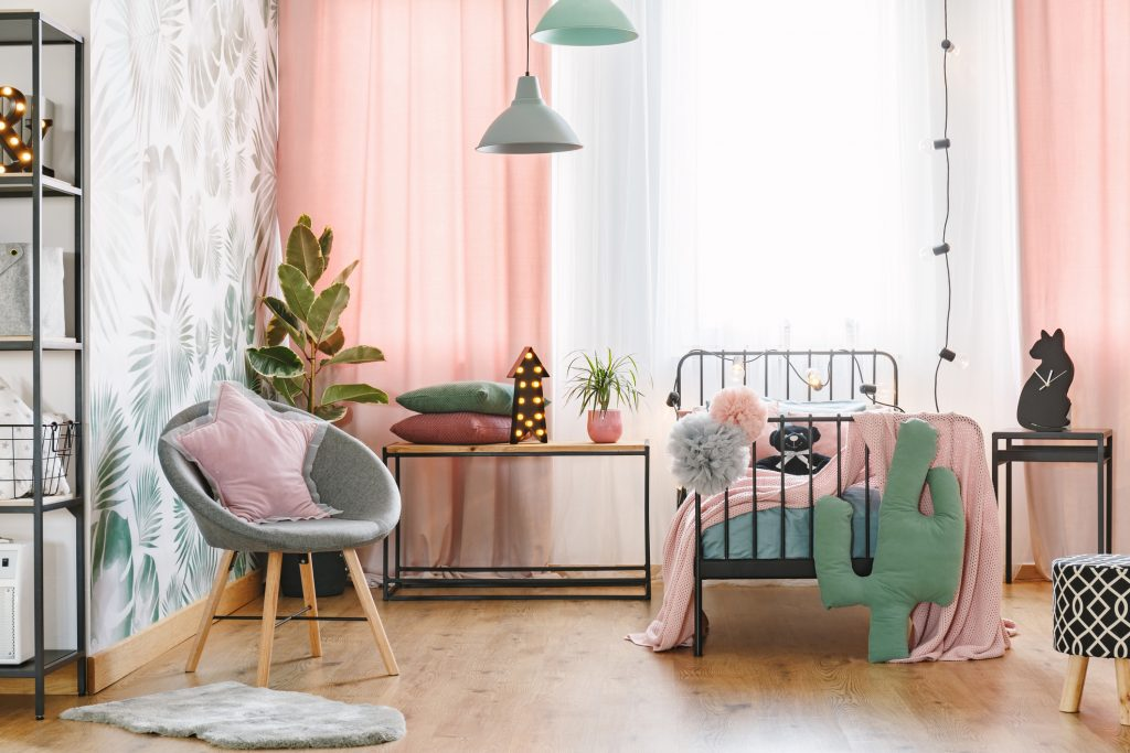 Bedroom with pink curtains